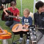 Nauka Lekcje dzieci gry na gitarze Szkoła T.Burton 2