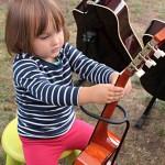 Nauka Lekcje dzieci gry na gitarze Szkoła T.Burton 7