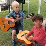 Nauka Lekcje dzieci gry na gitarze Szkoła T.Burton 8