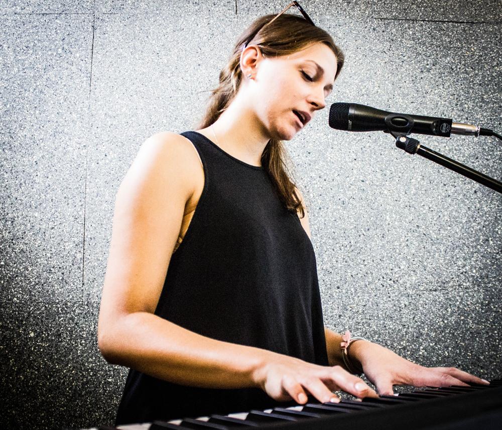 Szkoła Muzyczna T.Burton Anna Wołoszyn