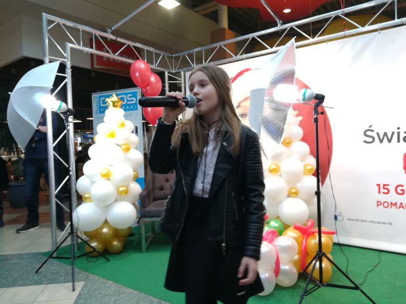charytatywny koncert szkoła t.burton 003