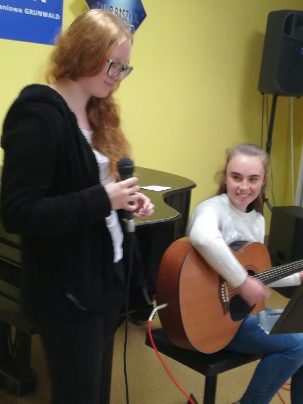 koncert uczniów szkoły raszyn t.burton 15